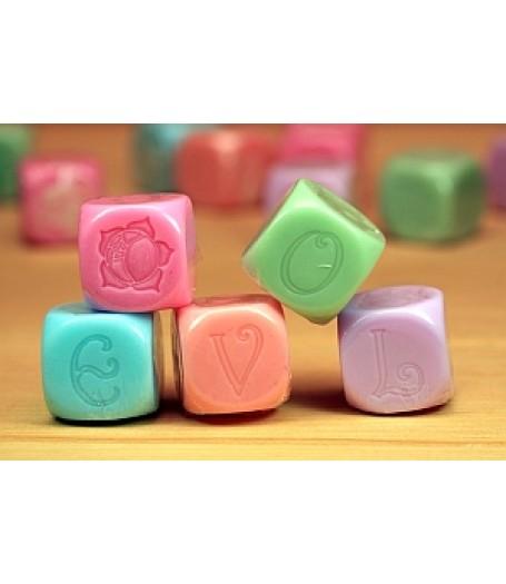 Love dice